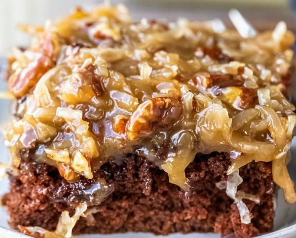 Jazzi Sweetz - German Chocolate Cake